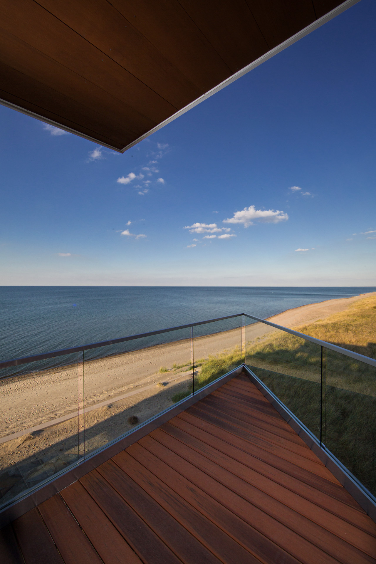 Beachfront Luxury Modern Home Exterior At Night: Chicago Illinois Exterior Architectural Photography Luxury Custom Home Builders Photographer IL