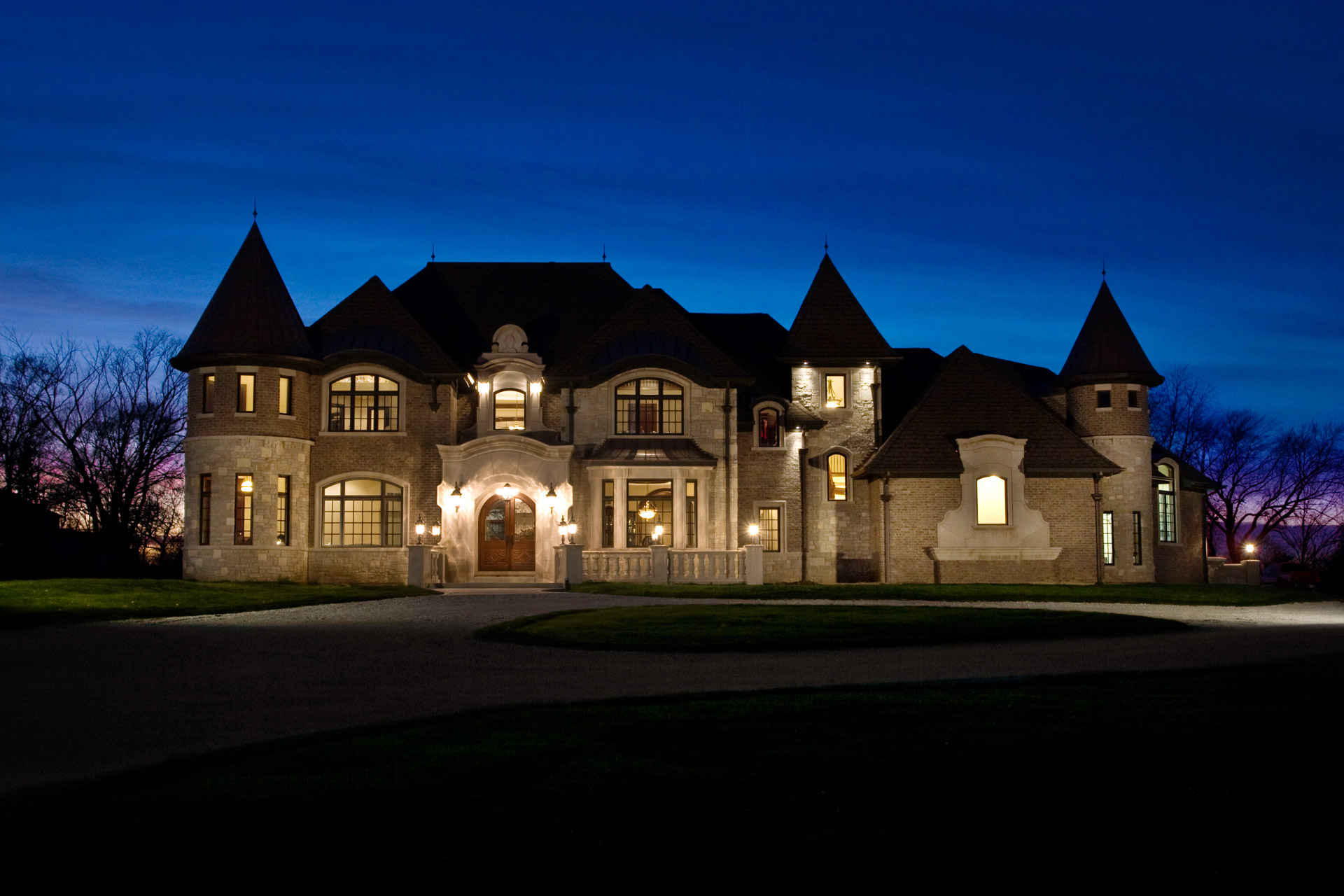 Chicago illinois exterior architectural photography luxury for Mansions for sale in chicago
