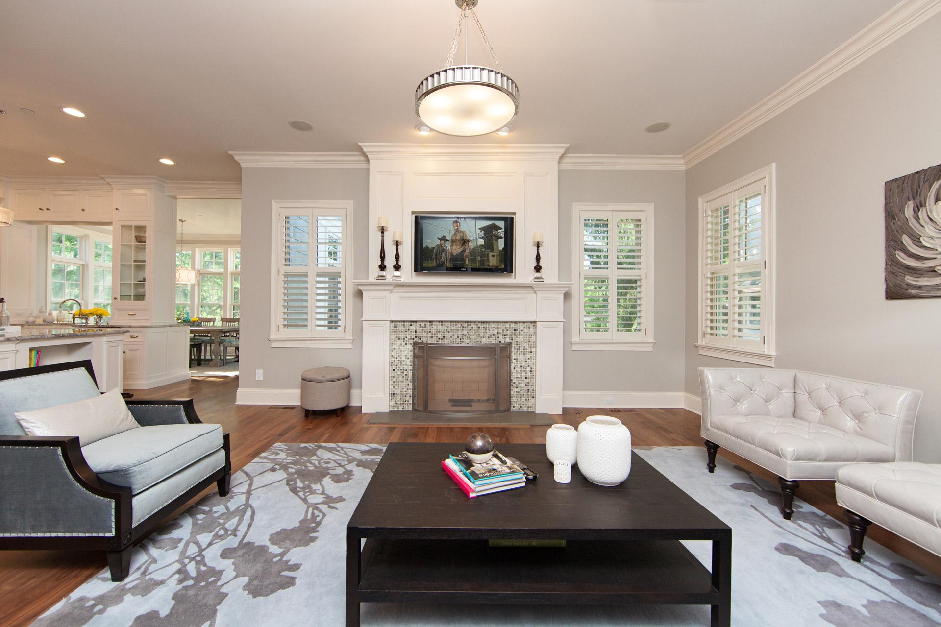 Livingroom fireplace open floorplan