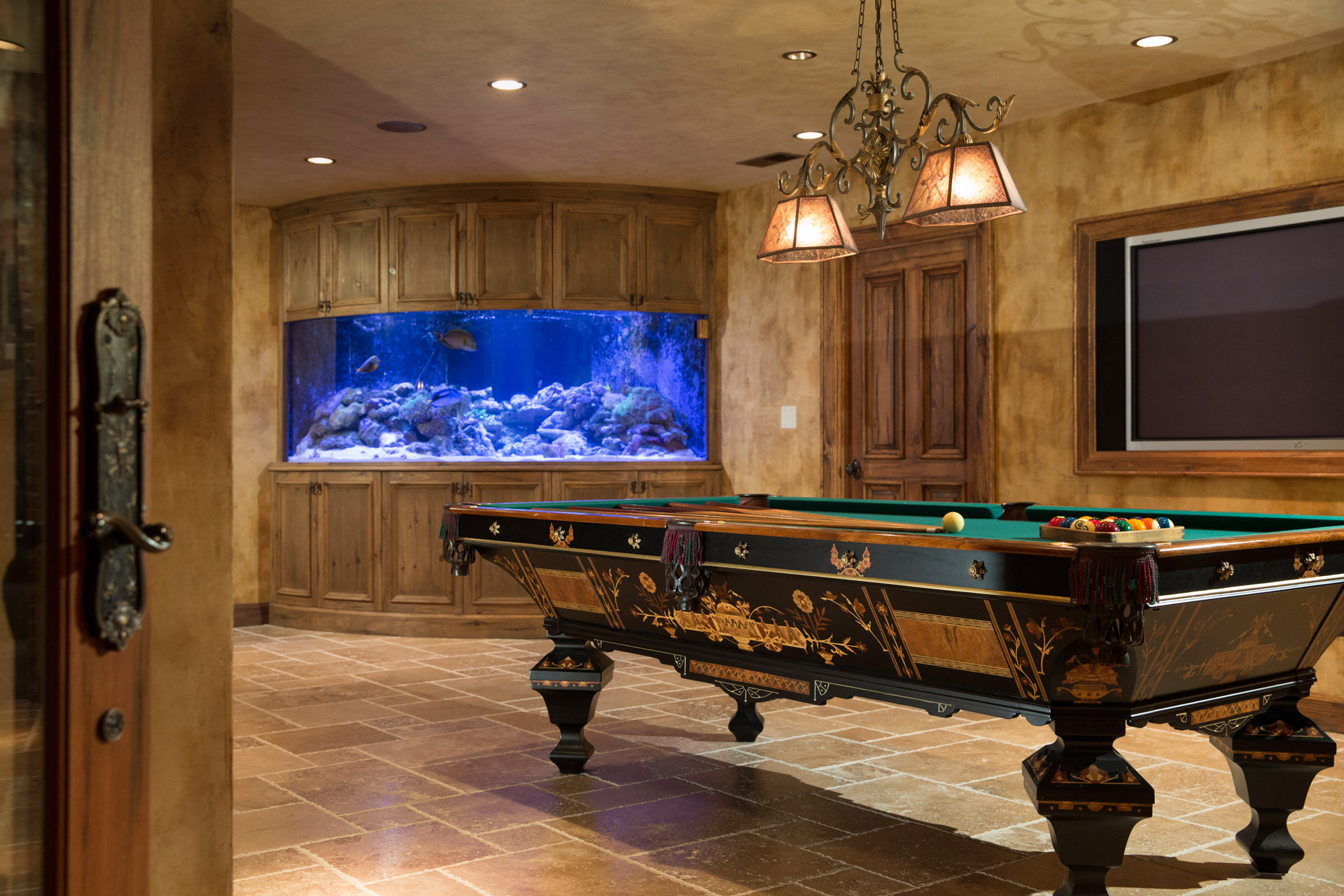 Chicago illinois interior photographers custom luxury home builder photography architectural il - Fish tank dining room table ...