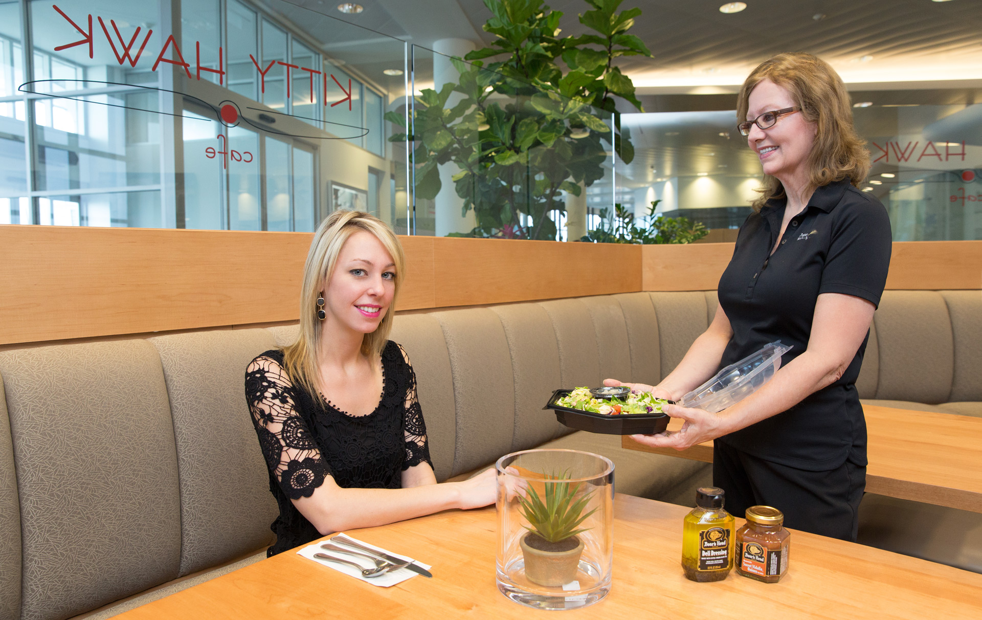 lifestyle portraits cafeteria