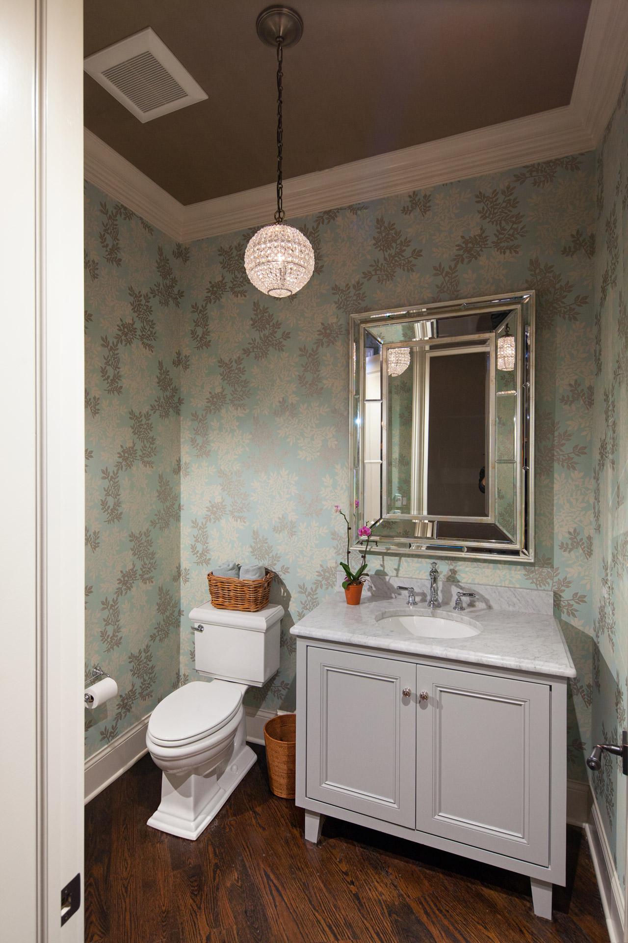 Powder room wallpaper La Grange