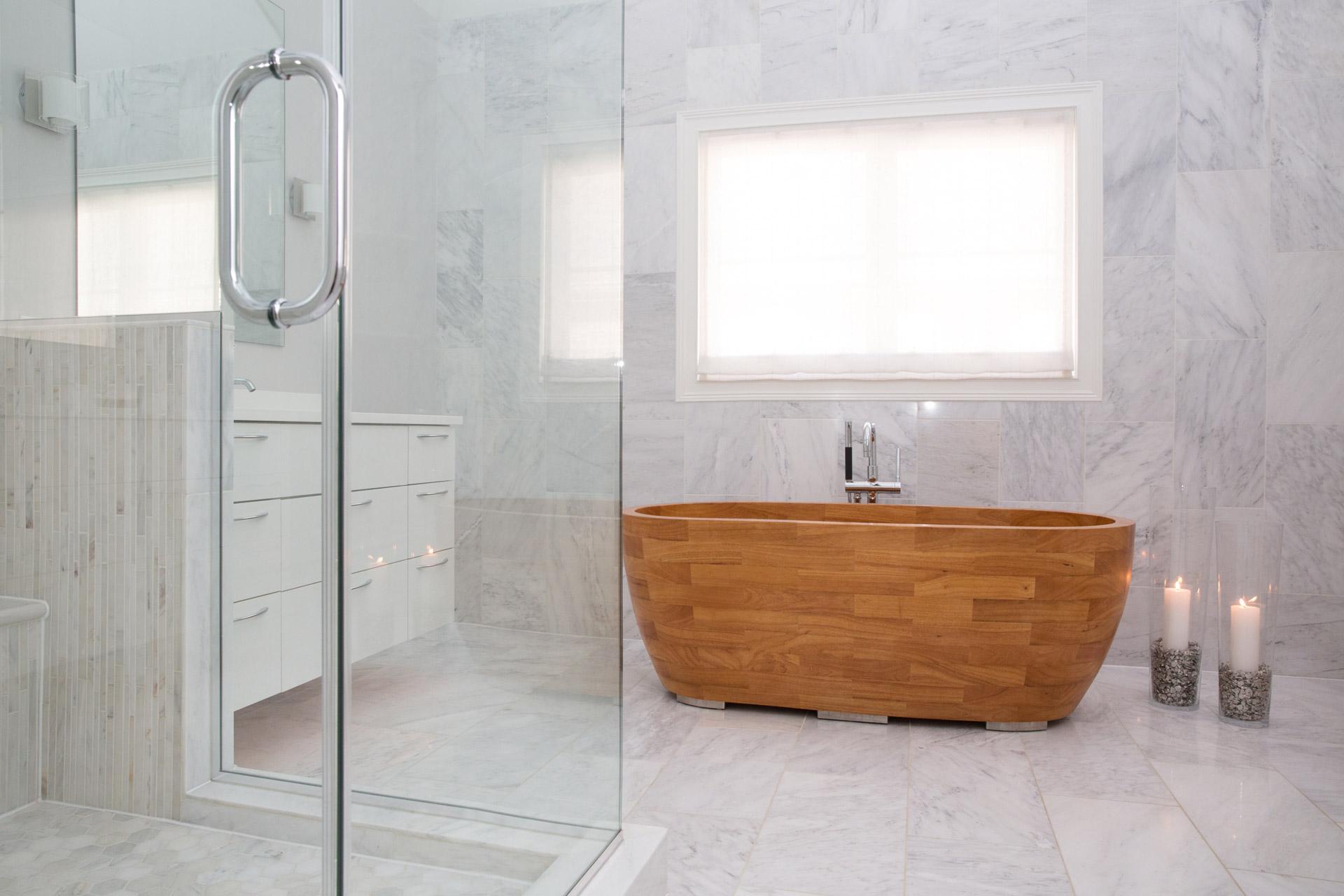 Wooden bathtub Illinois