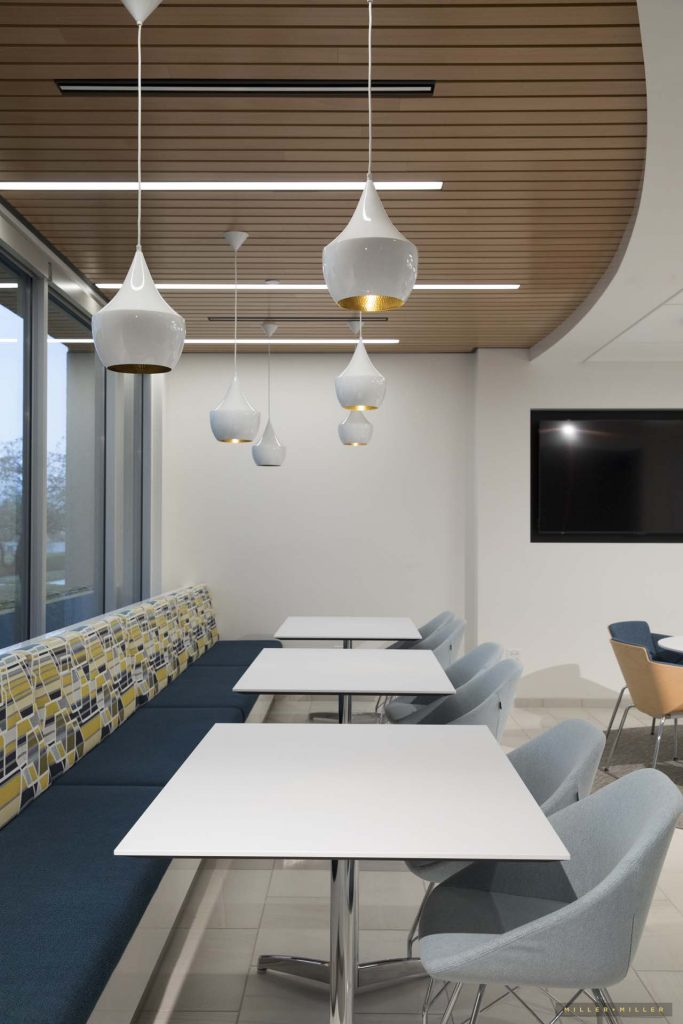bistro cafe interior design