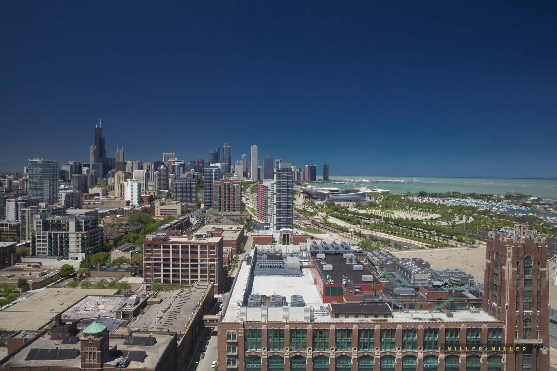 south-loop-chicago-skyline