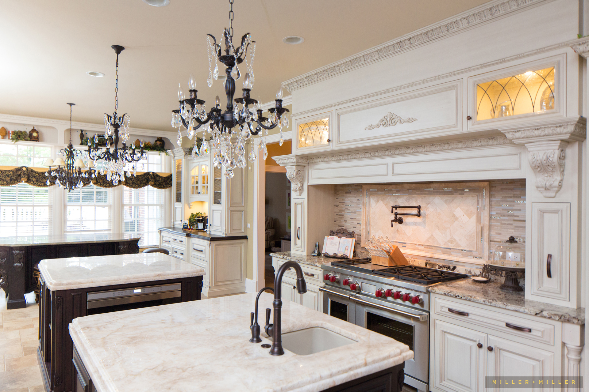 custom-cabinetry-millwork-luxury-home-photos