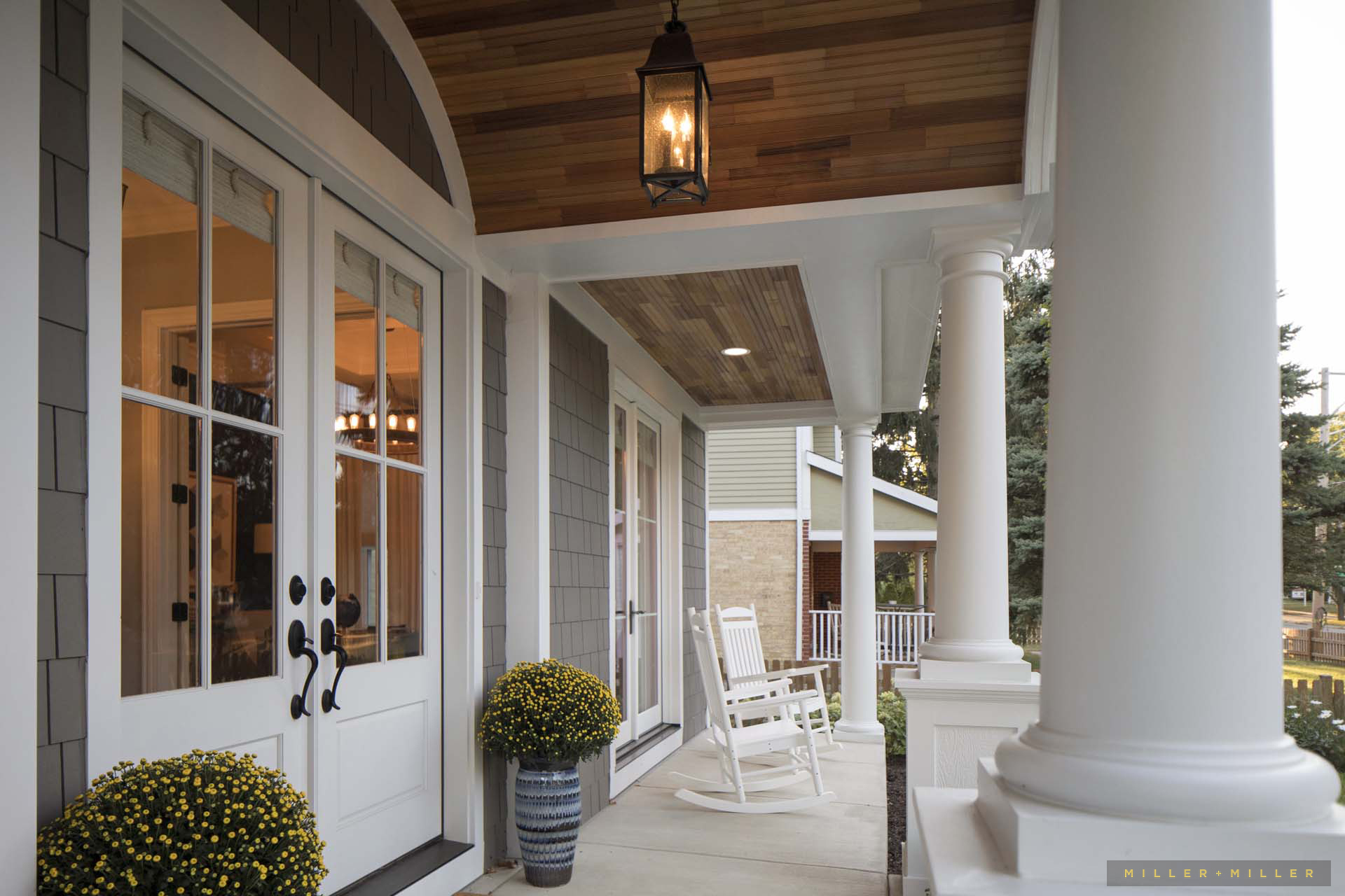 custom-home-front-porch