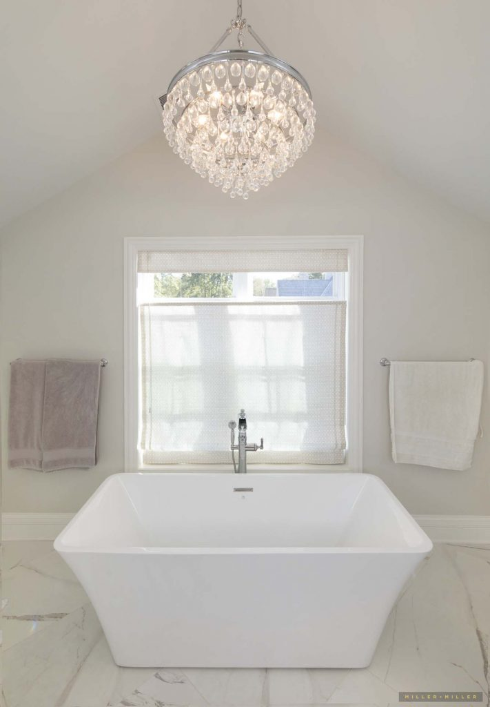 freestanding-bath-tub