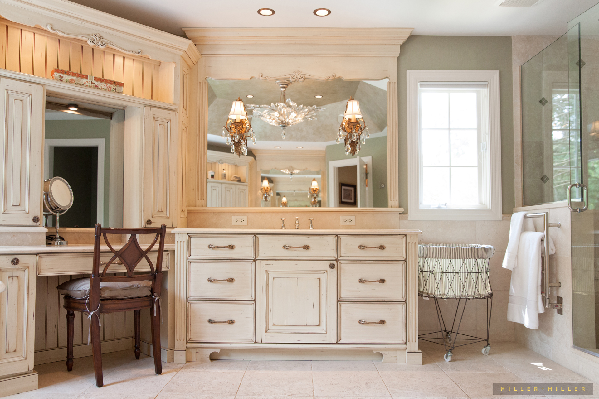 photos-handcrafted-bathroom-cabinets-cabinetry