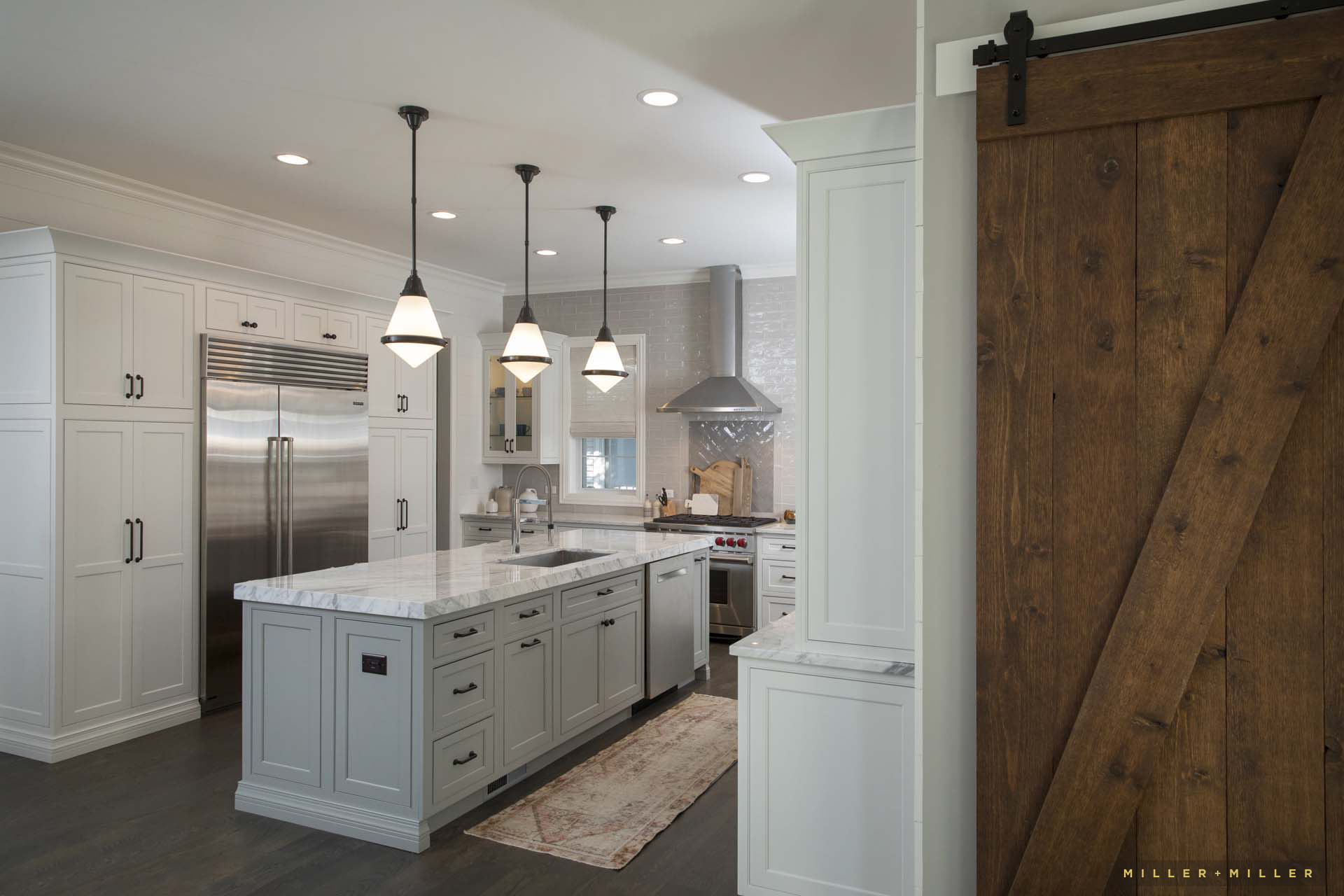 white-farmhouse-custom-kitchen