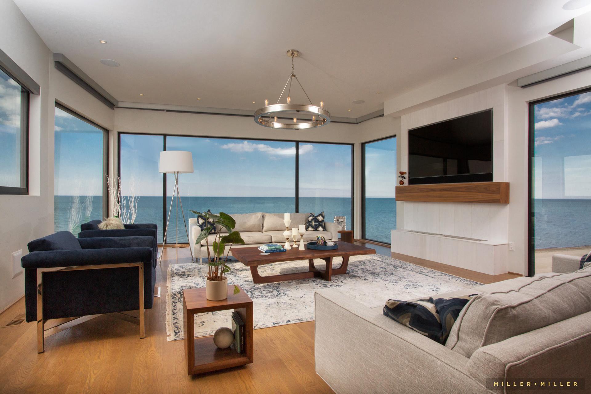 Luxury Lake Michigan beach homes waterfront