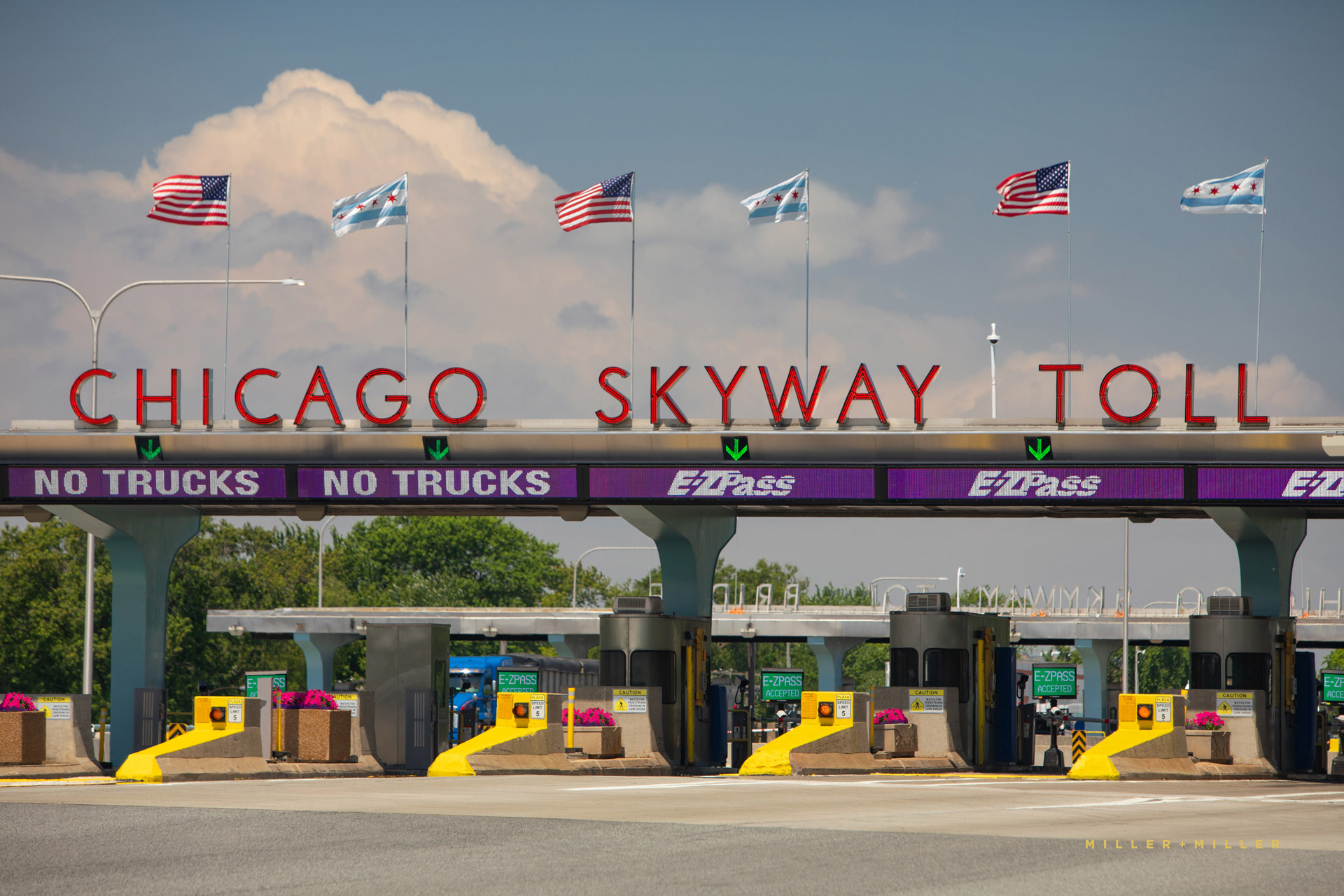 toll-booth-chicago-skyway